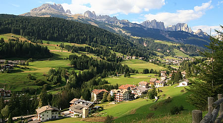 Terreno alberghiero in vendita in val di fassa for Immobiliare canazei